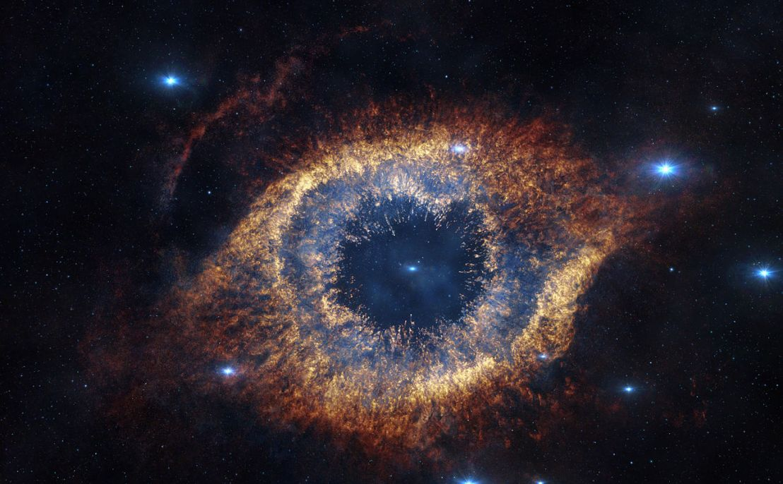 1280px-screenshot_from_imaxc2ae_3d_movie_hidden_universe_showing_the_helix_nebula_in_infrared